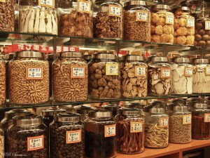 chinese-herbs-jars